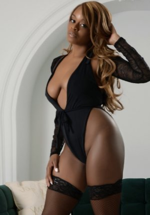 Ludvina escort girl in Germantown, sex party